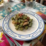 Gnocchi verdi al sugo di pesce